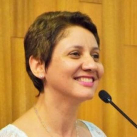 avatar for Nívea de Macedo Oliveira Morales